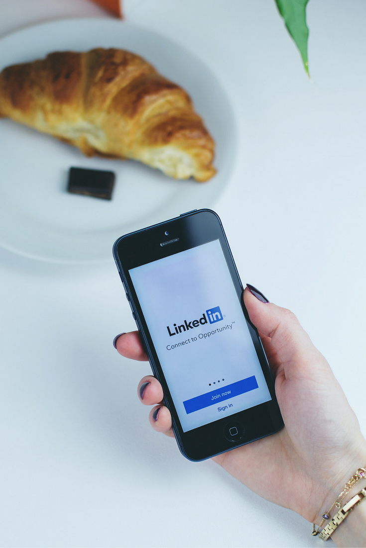 LinkedIn mobile for professional networking.